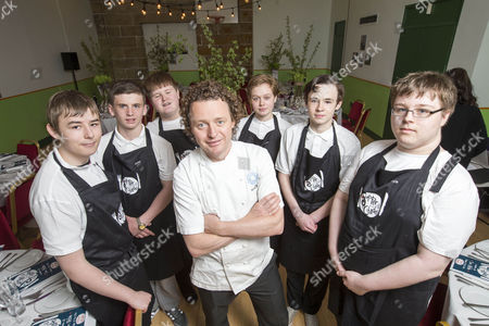 Celebrity chef Tom Kitchin with youngsters Andrew, Connor, Stephen, Milan, Aidan and Kyle from Citadel