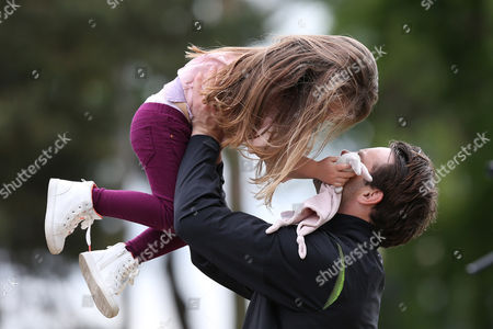 Ben Foden plays with daughter Aoife Belle Foden during the The ISPS HANDA Mike Tindall Celebrity Golf Classic 2016 played at The Belfry Golf Course, Sutton Coldfield, on May 20th 2016