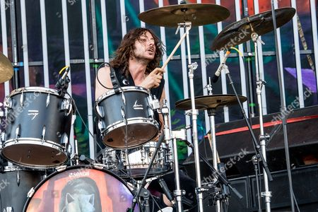 Stock Photo of Wolfmother - Alex Carapetis