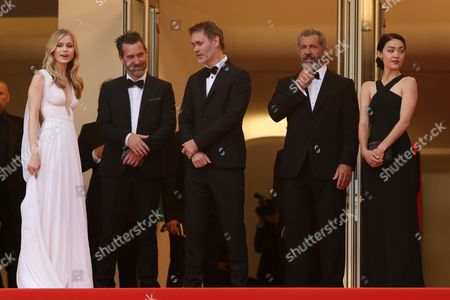 Erin Moriarty, Jean-Francois Richet, Mel Gibson and Rosalind Ross