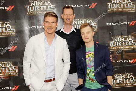 Pete Ploszek (Leonardo), Jeremy Howard (Donatello), Noel Fisher
