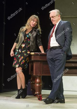 Sarah Alexander as Nina, Bruce Alexander as Jim