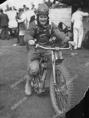 George Newton Fleetwood Speedway Rider. Box 631 430091514 A.jpg.