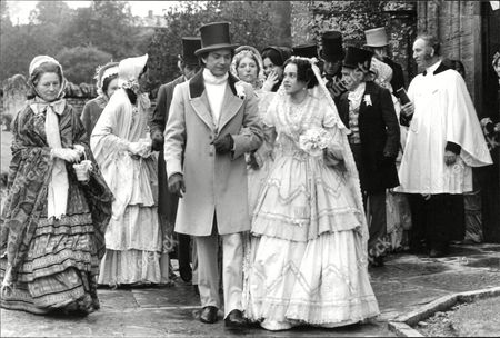 Martin Shaw And Gemma Craven Filming The Bbc Christmas Melodrama 'east Lynne' In Somerset. Kenneth Connor Is Pictured Behind Gemma Craven. Box 631 83009158 A.jpg.