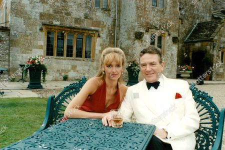 Sarah Berger And Albert Finney In The Tv Programme: The Green Man. Box 634 111310157 A.jpg.