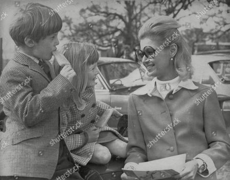 Countess Bathurst (nee: Judith Nelson) With Two Of Her Children Allen Christopher Bathurst 8 And Lady Henrietta Bathurst 7. Box 634 513101538 A.jpg.