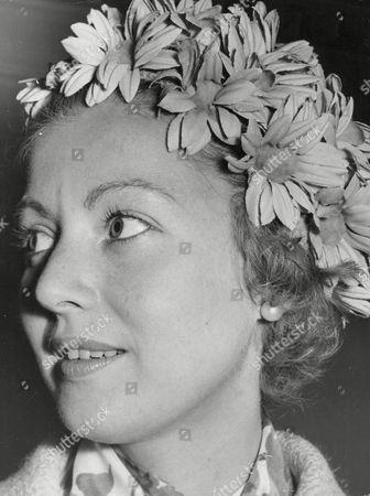 Lady Bathurst Wife Of 8th Earl Bathurst. Box 634 713101544 A.jpg.