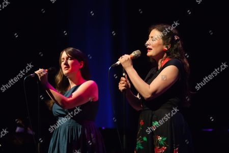 Stock Picture of Becky Unthank and Rachel Unthank - The Unthanks
