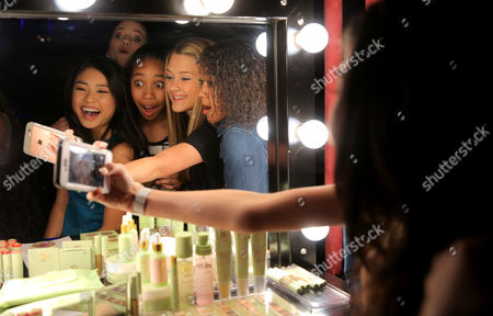 Ashley Liao, Lizzy Greene and Kyla-Drew Simmons