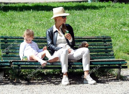 Michelle Hunziker with daughters Celeste Trussardi and Sole Trussardi