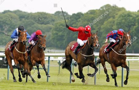 CLAYTON HALL (left, Kieren Fallon) beats DAISY BERE (right) and ALTARSHEED (left) in The Mobile Betting At 188Bet Handicap Haydock