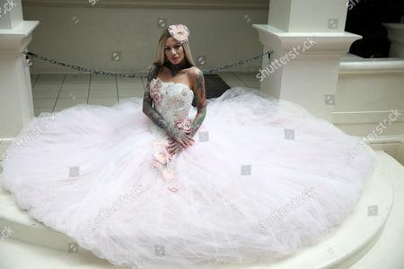 Model Becky Holt Wearing Wedding Dress by Philippa Lusty