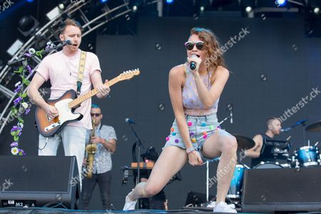 Misterwives - Marc Campbell, Mike Murphy, Mandy Lee and Etienne Bowler
