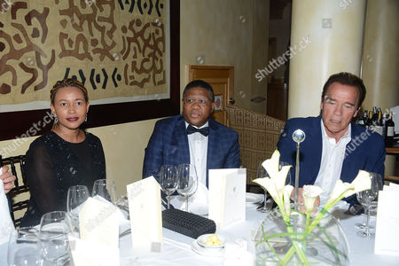 Fikile Mbalula, his wife Nozuko Mbalula and Arnold Schwarzenegger