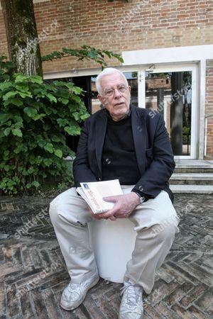 Architect Peter Eisenman