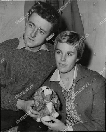 Cherrie (cherry/cherie) Butlin Daughter Of The Holiday Camp King Billy Butlin Pictured With Her Fiance Christopher Coll. Box 638 119101519 A.jpg.