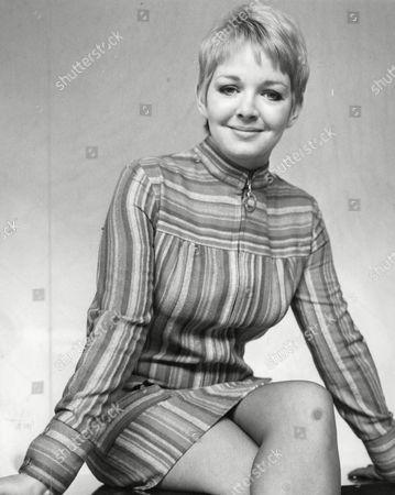 Mitzi Rogers Actress. Box 641 219111543 A.jpg.