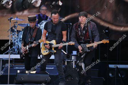 Bruce Springsteen and the E Street Band - Nils Lofgren, Max Weinberg, Bruce Springsteen and Steven Van Zandt