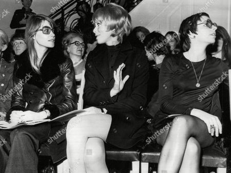 Presentation Of Yves Saint Laurent's Spring/summer Collection In Paris. L-r: Francoise Hardy (singer/actress) Mireille Dax (actress) And Lisa Minnelli (singer/actress) Box 646 327111517 A.jpg.