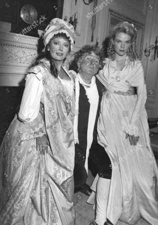 Editorial photo of Tv Programme: Haggard. Picture Shows L-r: Sarah Badel Keith Barron And Sara Crowe. Box 646 327111549 A.jpg.