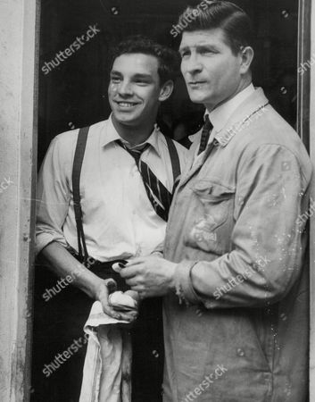 Peter Rose (left) Attendant At A Garage In Paul Street City Of London Was A Witness To The Raid In Which Bandits Managed To Make Off With II250 000 In Gold Bars From A Warehouse Nearby. Box 646 927111536 A.jpg.