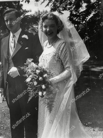 Wedding Of Thomas 'sandy' Crawford And Martha Maclean At St Andrews R.c. Church Ravelstone Edinburgh. The Bridegroom Is Brother Of Actress Anne Crawford. Box 648 602121540 A.jpg.