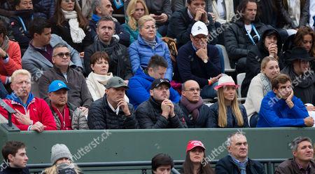 Trainer Boris Becker, Marian Vajda, Fitness Coach Gebhard Gritsch, Physiotherapeut Milan Adamovic, Manager Edoardo Artaldi, wife Jelena Djokovic and brother Marko Djokovic