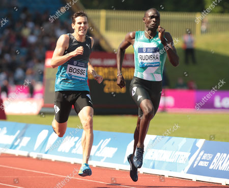 David RUDISHA KEN ® and Michael RIMMER GBR (L) 600m Men Race