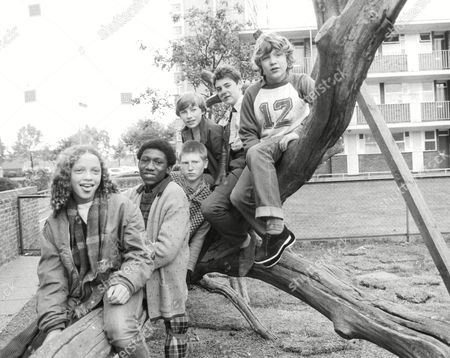 Tv Programme: The Latchkey Children. Front-back: Indra Ove Ian Roberts Marc Wood Peter Harrison Nigel Hayward And Bobby Collins. Box 650 50412157 A.jpg.