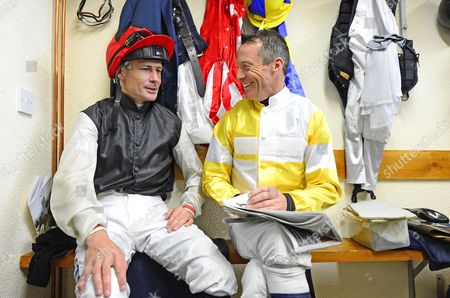 GOWRAN PARK. Epsom Derby winning jockey PAT SMULLEN prepares himself ahead of riding ALL CRAZY NOW, his 1st ride since his win aboard HARZAND chatting with 3 time Epsom Derby winner KIEREN FALLON.