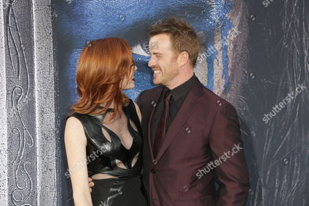 Chloe Dykstra and Robert Kazinsky