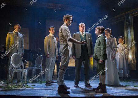 Stuart Ward as Ted, Michael Crawford as Leo Colston, William Thompson as Leo, Issy Van Randwyck as Mrs Maudsley