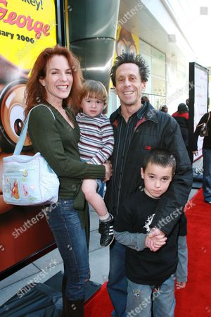Brian and Gigi Grazer with kids