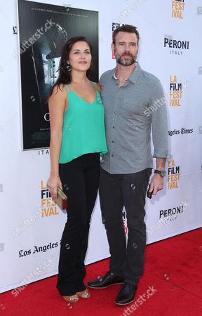 Marika Dominczyk and Scott Foley