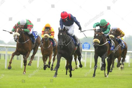 FAIRYHOUSE. MAGICAL FIRE and Kieren Fallon (centre) beats LADY BEWARE and REHANA for trainer Michael O'Callaghan.