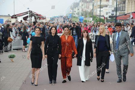 Virginie Ledoyen, Juliette Binoche, Loubna Abidar, Ariane Ascaride, Emmanuelle Beart