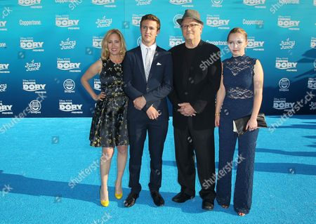 Kimberly Shlain, Albert Brooks and family