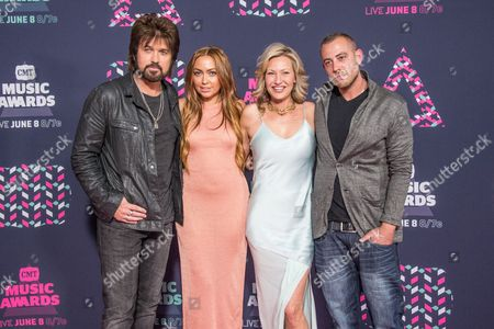 Brandi Cyrus, Billy Ray Cyrus, and Joey Lauren Adams