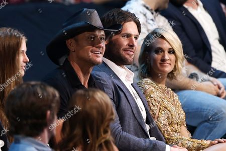 Maggie McGraw, Tim McGraw, Mike Fisher, Carrie Underwood