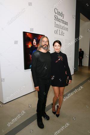 Robert Russell and Lisa Edelstein
