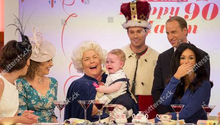 Andrea McLean, Nadia Sawalha, Linda Robson, Joey Essex, Prince George look-alike, Prince William look-alike Simon Watkinson, Vicky Pattison