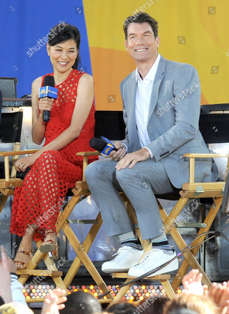 Jerry O'Connell and SuChin Pak