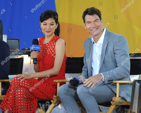 Stock Photo of Jerry O'Connell and SuChin Pak