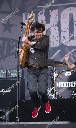 Eric Bazilian, The Hooters
