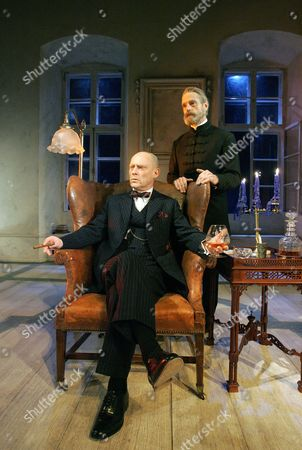 Embers at the Duke of York's Theatre - Patrick Malahide ( Konrad ), Jeremy Irons ( Henrik )
