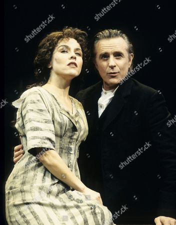 Stock Image of Fields of Ambrosia at the Aldwych Theatre - Christine Andreas, Joel Higgins