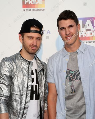 Timeflies - Rob Resnick and Cal Shapiro
