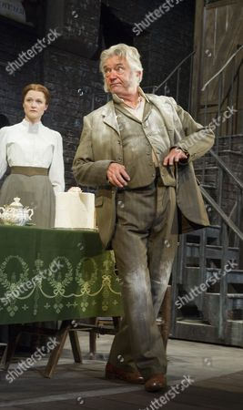 Naomi Frederick as Maggie Hobson, Martin Shaw as Henry Hobson