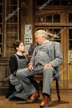 Gabrielle Dempsey (Vicky Hobson), Martin Shaw (Henry Horatio Hobson)