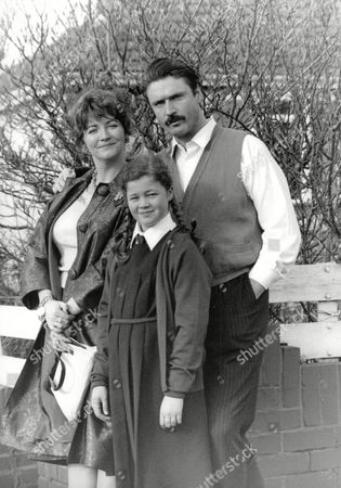 Tv Programme: Morphine And Dolly Mixtures. Picture Shows: L-r: Sue Roderick Joanna Griffiths And Patrick Bergin. Box 654 1011121549 A.jpg.